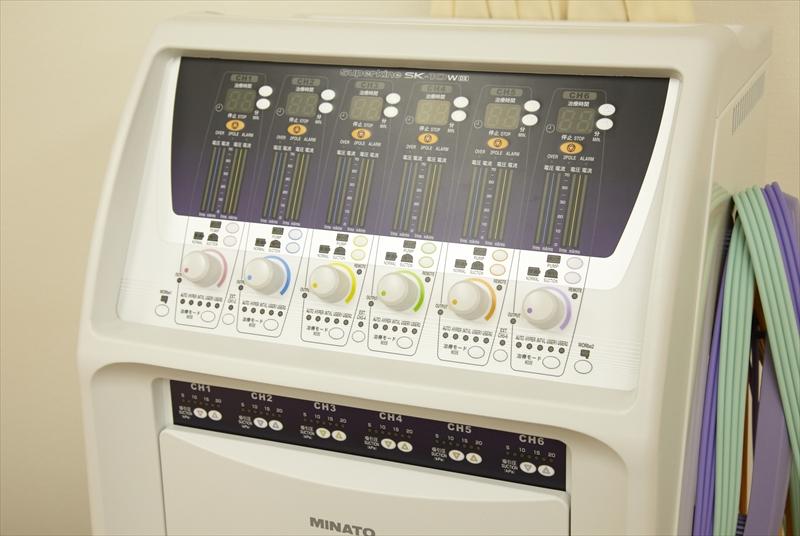 低周波干渉波治療器